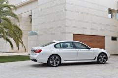 BMW-7-Series-2016-201DH