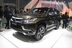 Mitsubishi-Pajero-Sport-2016-2017-2