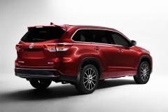 Toyota-Highlander-2017-2018-1