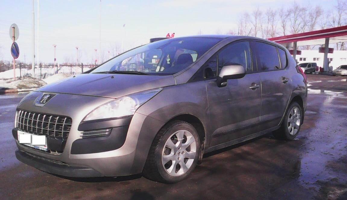 Peugeot 3008 2011, кроссовер, 1.6 л., механика, бензиновый отзыв автовладельца