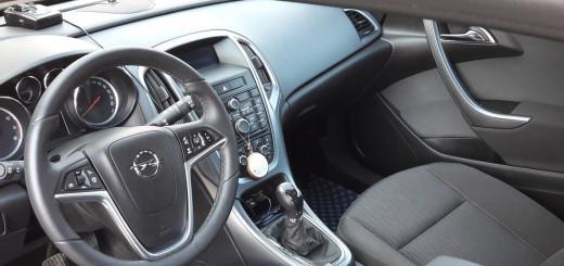 Opel Astra J 1.8 л 140 л.с. бензин механика 2015 год отзыв автовладельца