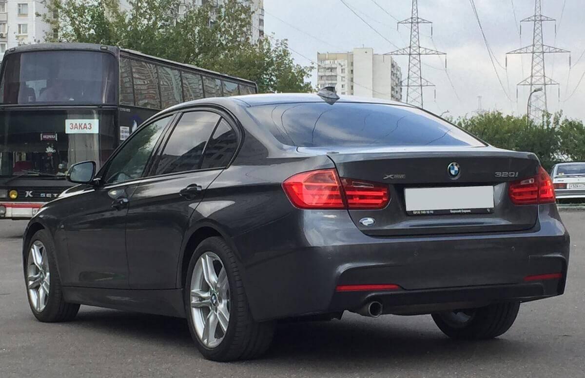 BMW 3er VI (F30/F31/F34) 320i xDrive 2.0 л 184 л.с. бензин 2013 Автомат отзыв автовладельца