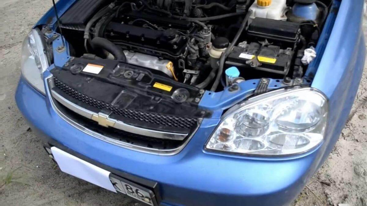 Chevrolet Lacetti (Шевроле Лачетти) 1.6 л. видеообзор