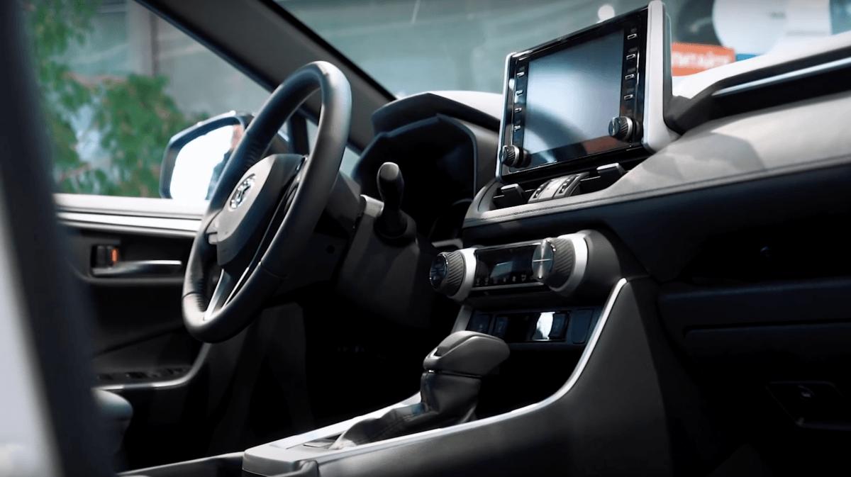 Toyota RAV 4 2019 салон