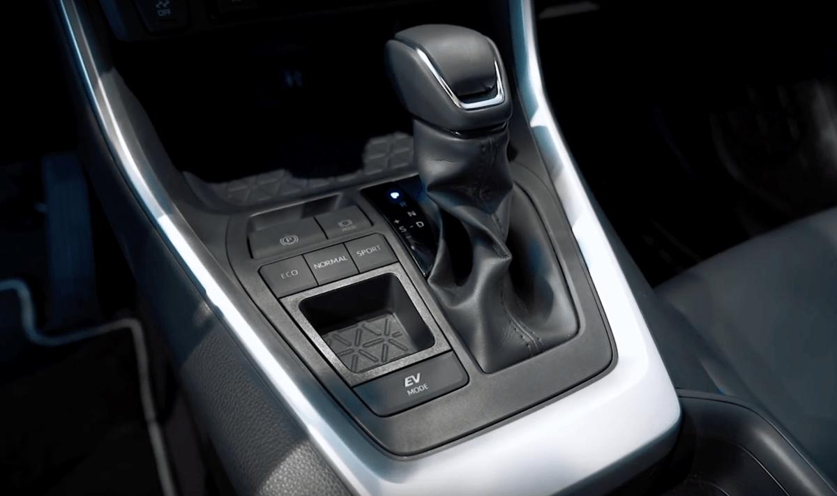 Toyota RAV 4 2019 рычаг селектор передач