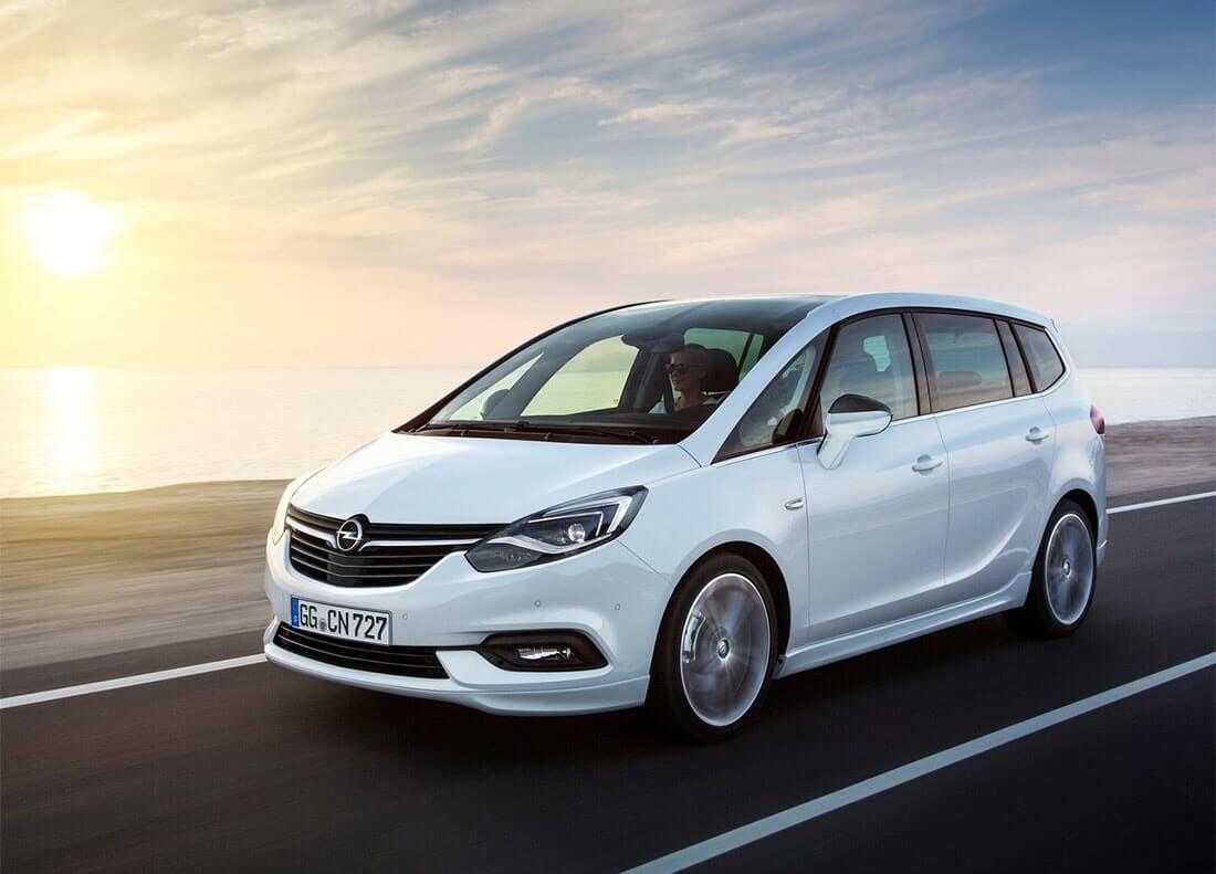 Обновился Opel Zafira