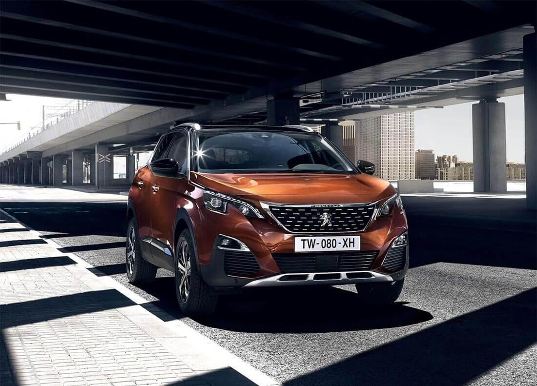 Новинки от французского автопрома Peugeot 3008 2017: